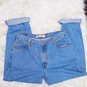 VINTAGE LEVI jeans!!